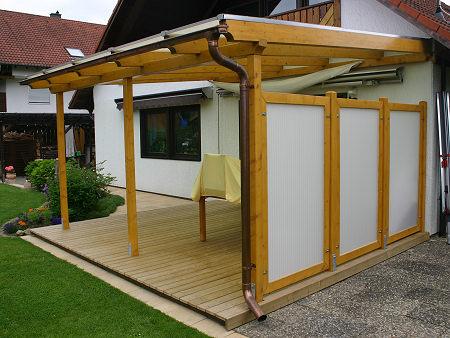 Pergola aus kantholz mit plexiglasdach und füllung pergola teilweise